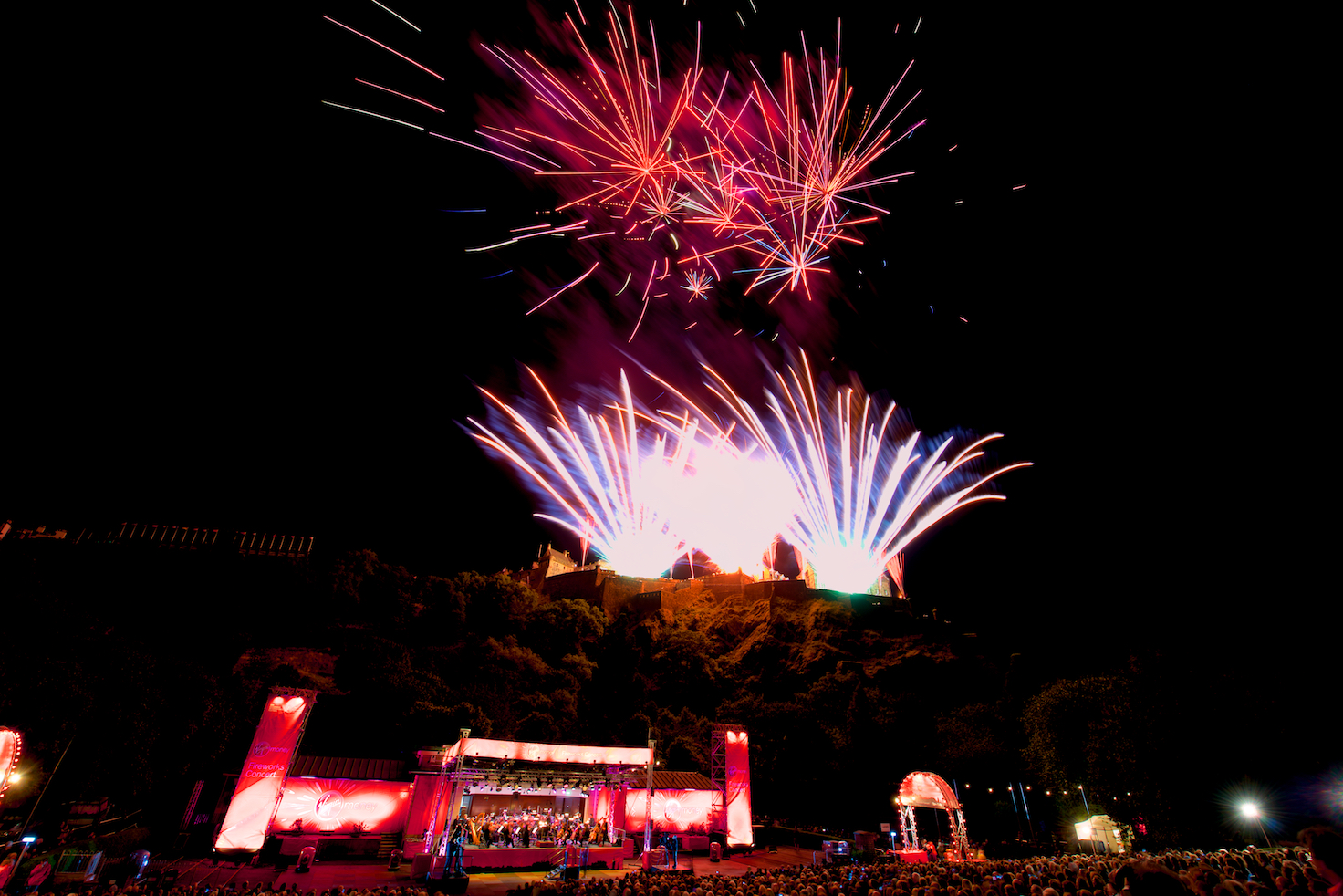 virgin-money-fireworks-concert-edinburgh-castleedinburgh-international-festival-edinburgh-castle-29th-august-2016
