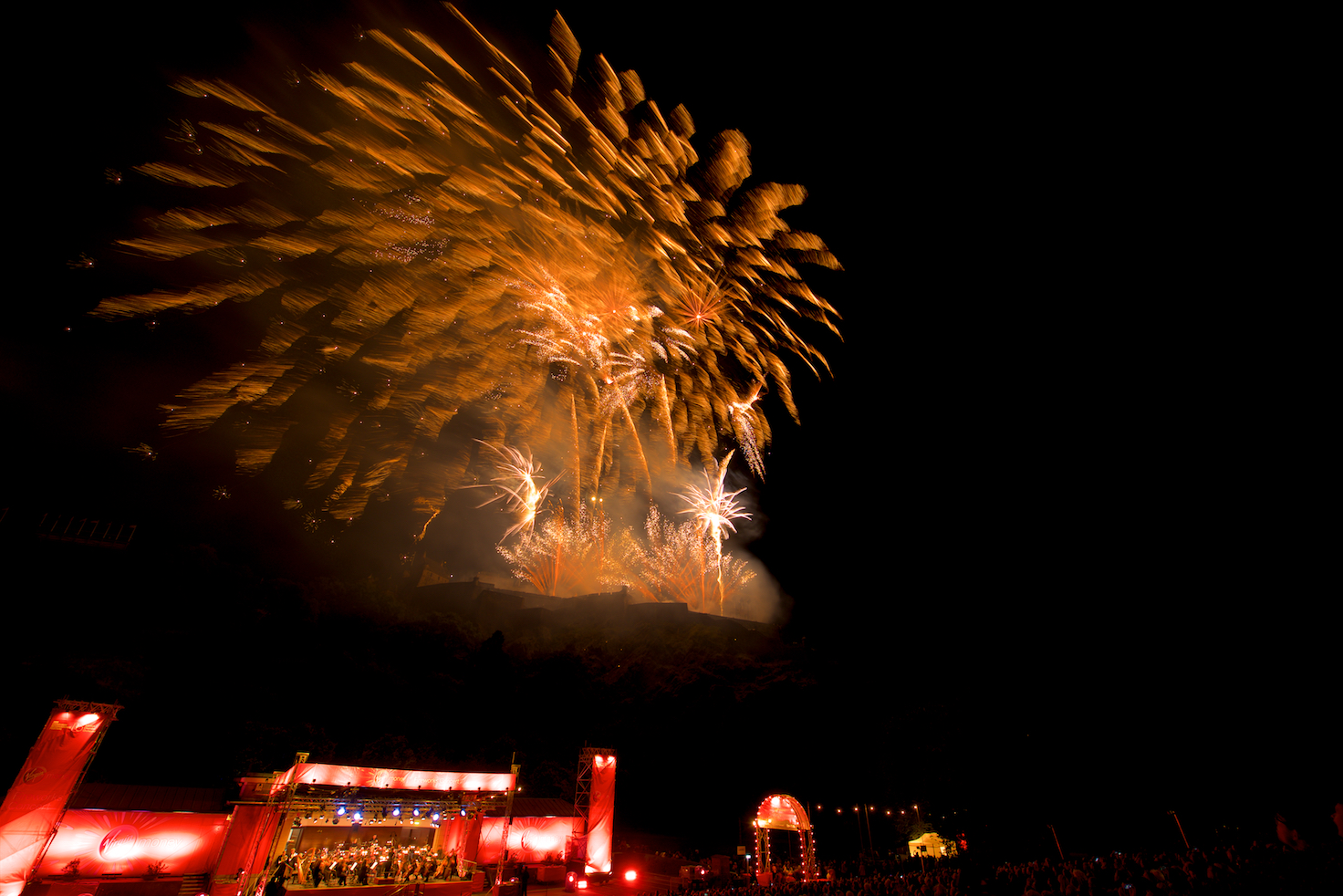 virgin-money-fireworks-concert-edinburgh-castleedinburgh-international-festival-edinburgh-castle-29th-august-2016-12