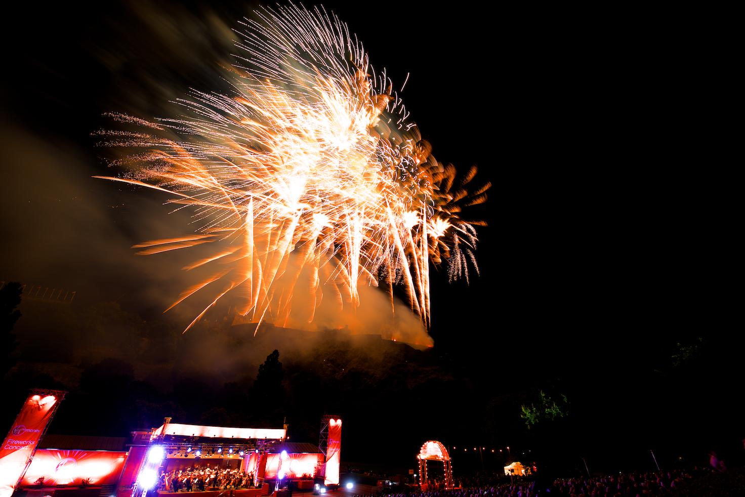 virgin-money-fireworks-concert-edinburgh-castleedinburgh-international-festival-edinburgh-castle-29th-august-2016-13