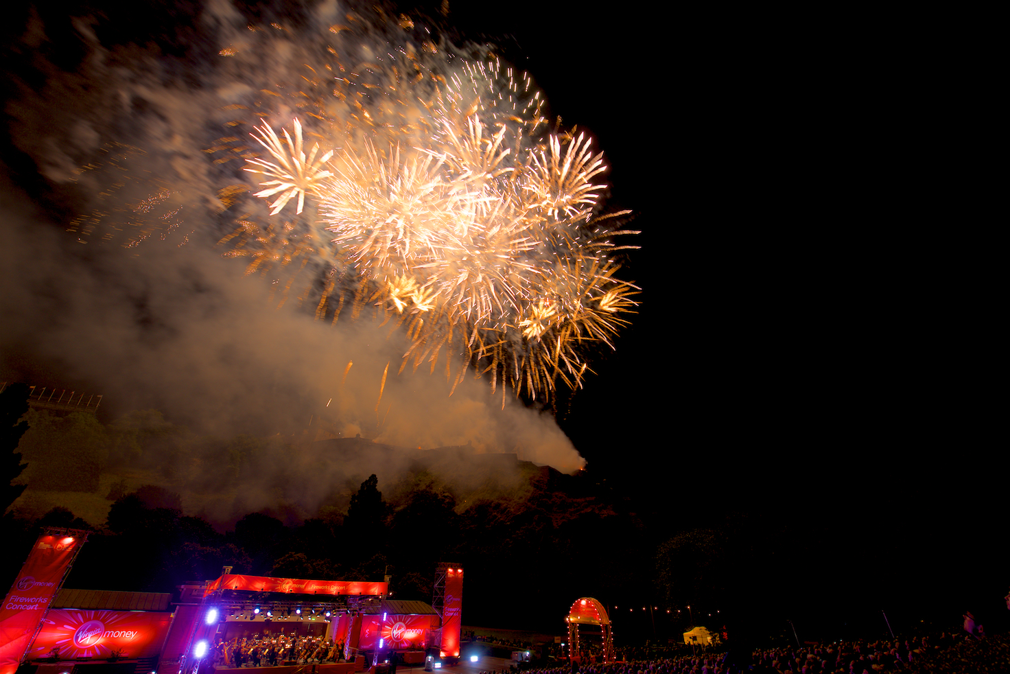 virgin-money-fireworks-concert-edinburgh-castleedinburgh-international-festival-edinburgh-castle-29th-august-2016-14