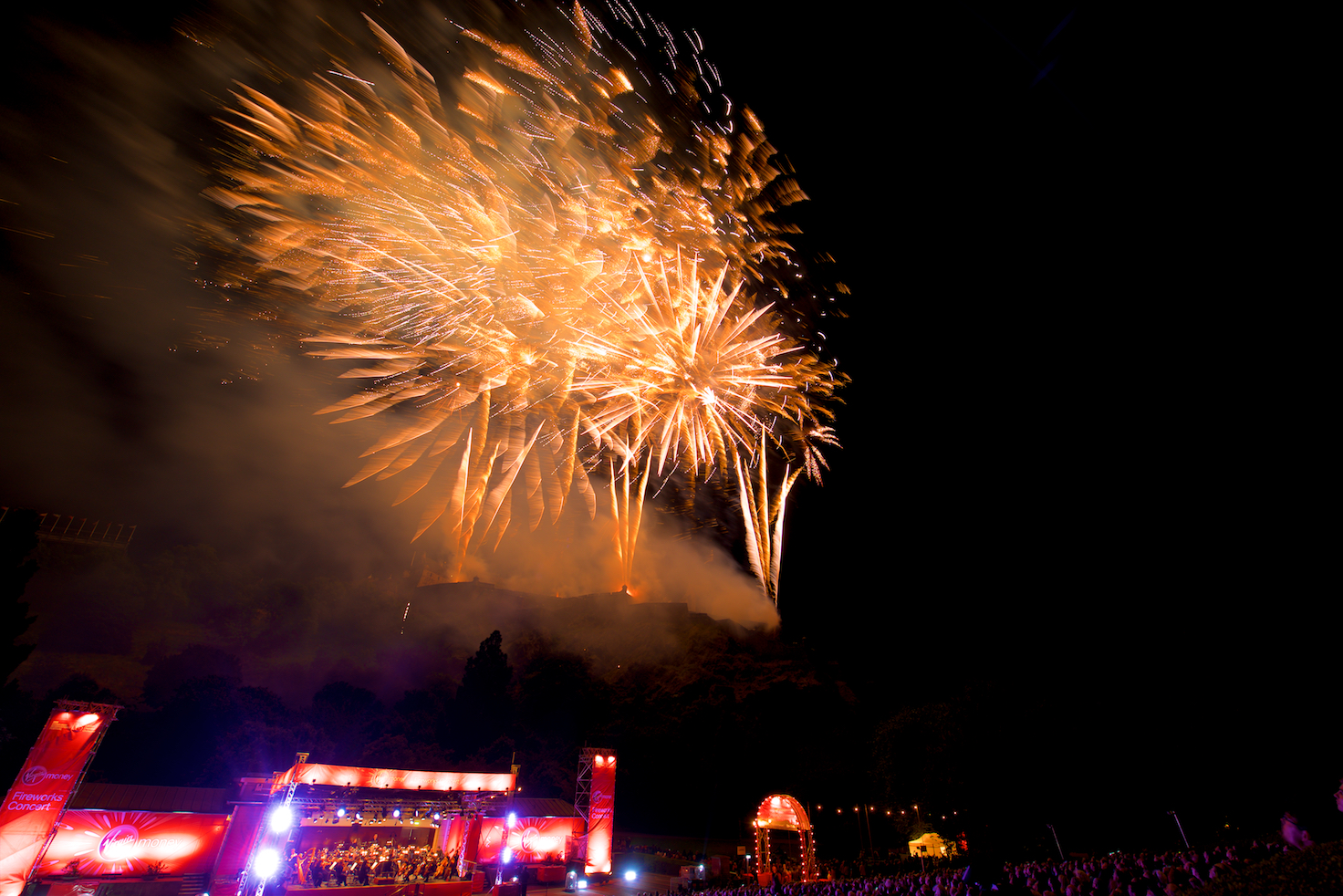 virgin-money-fireworks-concert-edinburgh-castleedinburgh-international-festival-edinburgh-castle-29th-august-2016-15