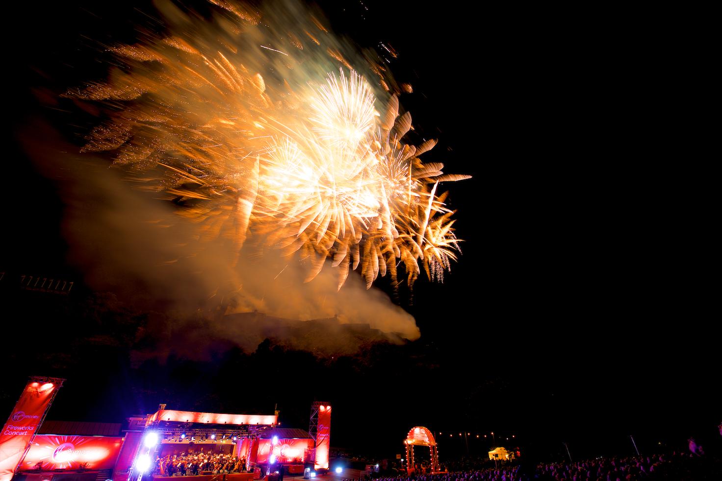 virgin-money-fireworks-concert-edinburgh-castleedinburgh-international-festival-edinburgh-castle-29th-august-2016-16