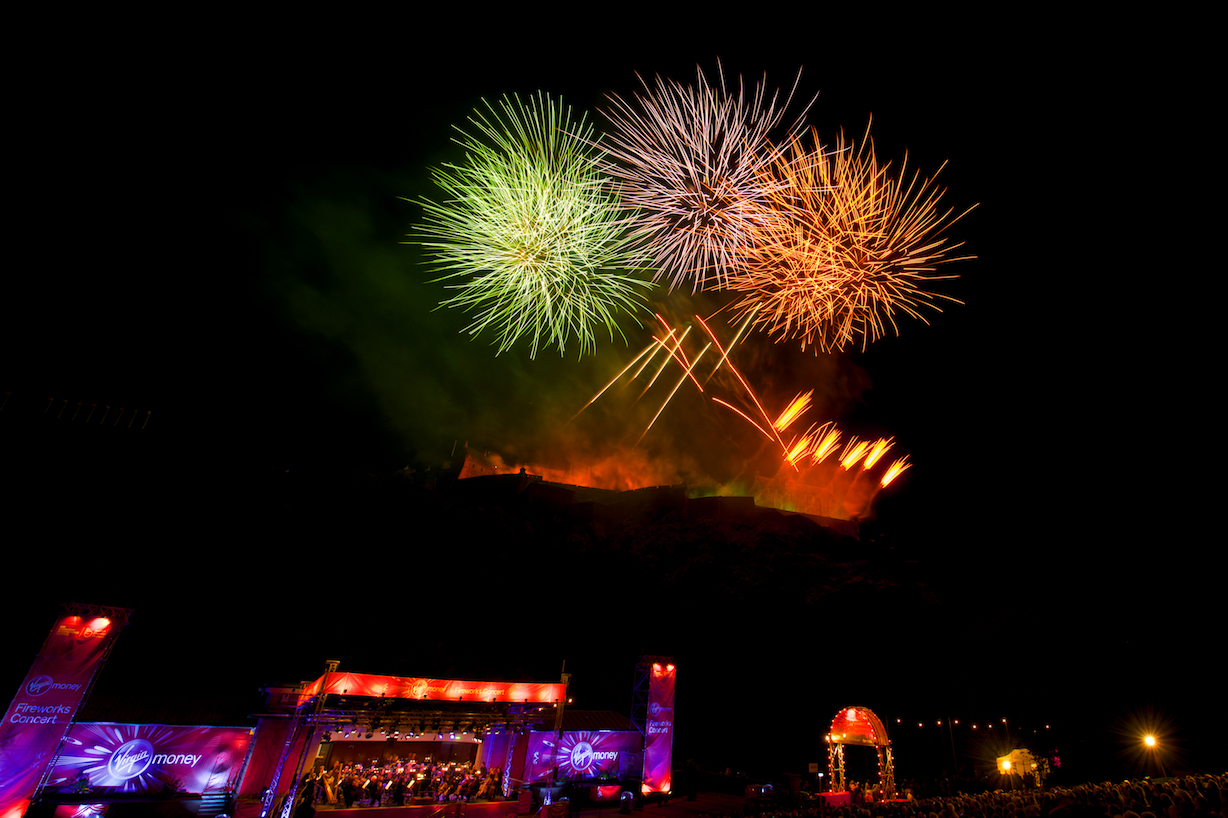 virgin-money-fireworks-concert-edinburgh-castleedinburgh-international-festival-edinburgh-castle-29th-august-2016-4