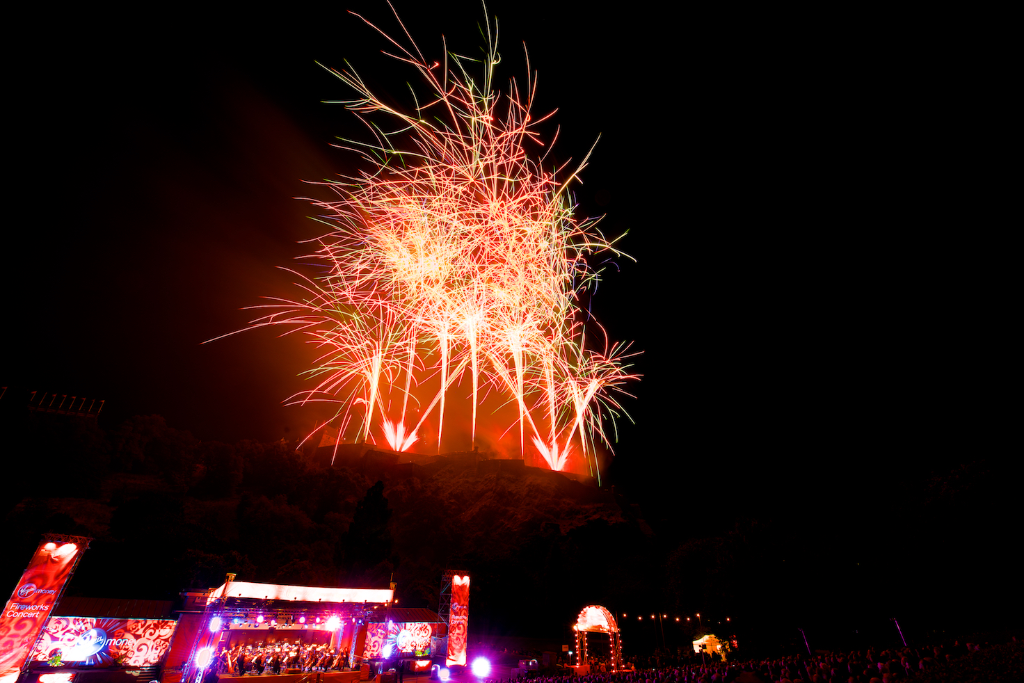 virgin-money-fireworks-concert-edinburgh-castleedinburgh-international-festival-edinburgh-castle-29th-august-2016-7