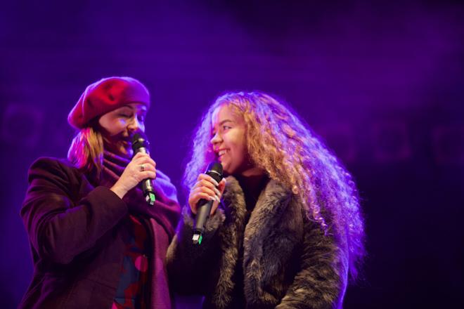 Edinburgh Christmas, Forth Radio's Arlene Stuart & Saskia Eng